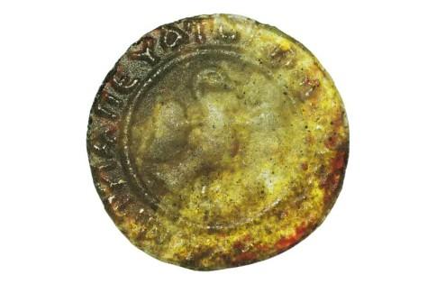 Реплика Коломенских монет из цветного стекла